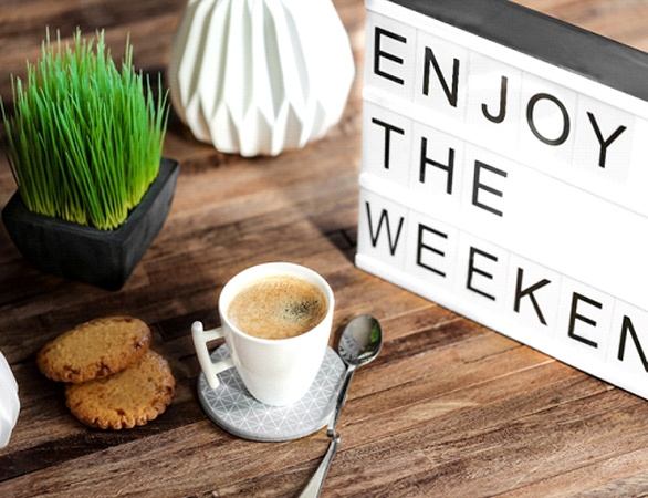 Enjoy the weekend sign to promote dentist open Saturday Aurora